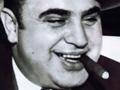 Дым сигарилл Al Capone в день рождения Аль Капоне